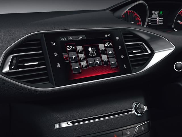 /image/11/4/peugeot-308-gt-line-digital-display.191114.jpg
