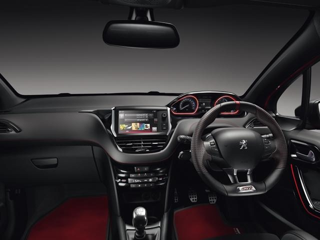 /image/47/6/peugeot-208-gti-by-ps-driving-experience.189476.jpg
