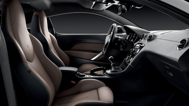 /image/54/6/peugeot_rcz_garnissages-3-full.197546.jpg
