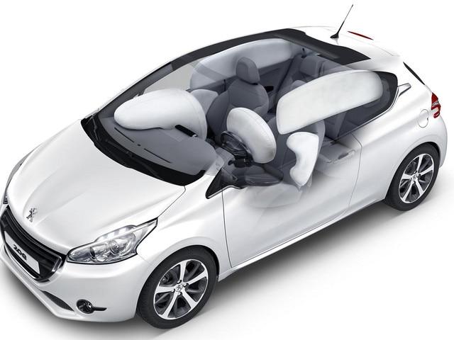 /image/95/4/peugeot-208-doors-airbags_de_serie_1920x1080.191954.jpg